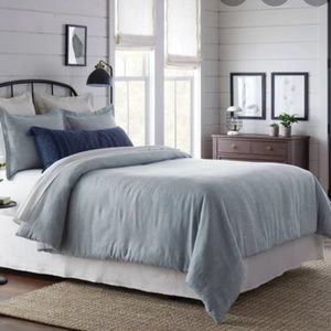 Hearth & Hand Bedding - Hearth and hand  BLUE TWILL COMFORTER SET